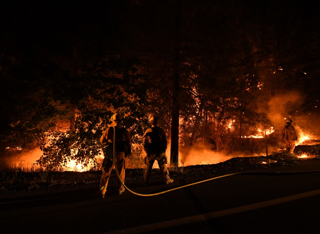 2018 California Wildfire Map Shows 14 Active Fires   Time - Oregon California Fire Map