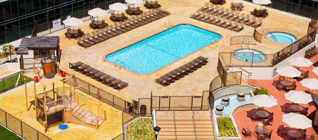 Hotel Near Disneyland - Hilton Anaheim - Amenities & Services - Map Of Hilton Hotels In California