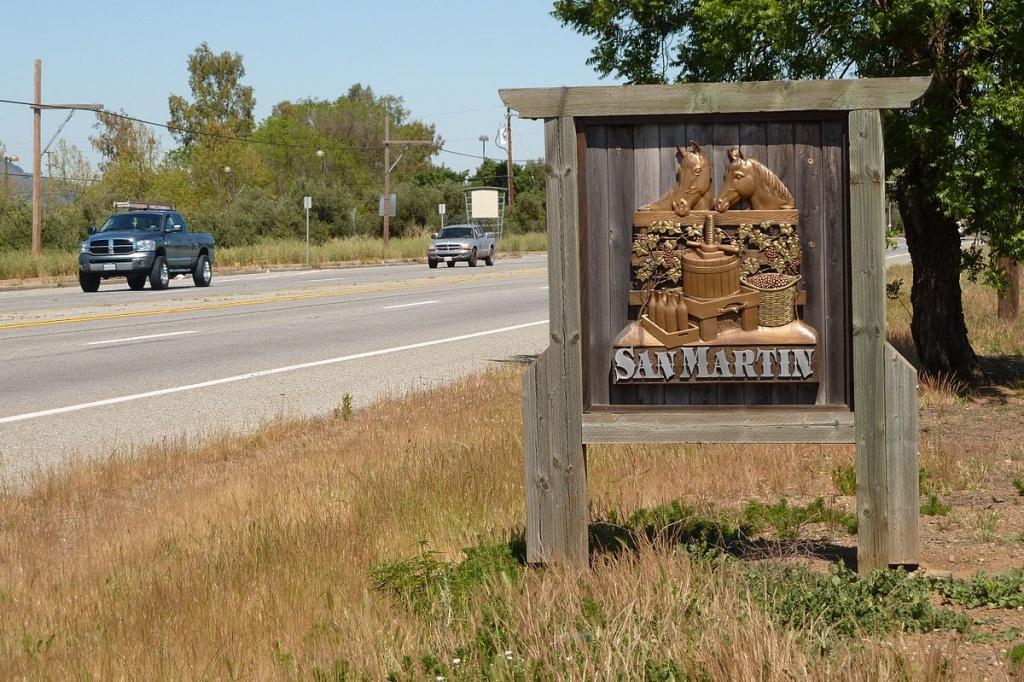 Monterey Road - Wikipedia - San Martin California Map