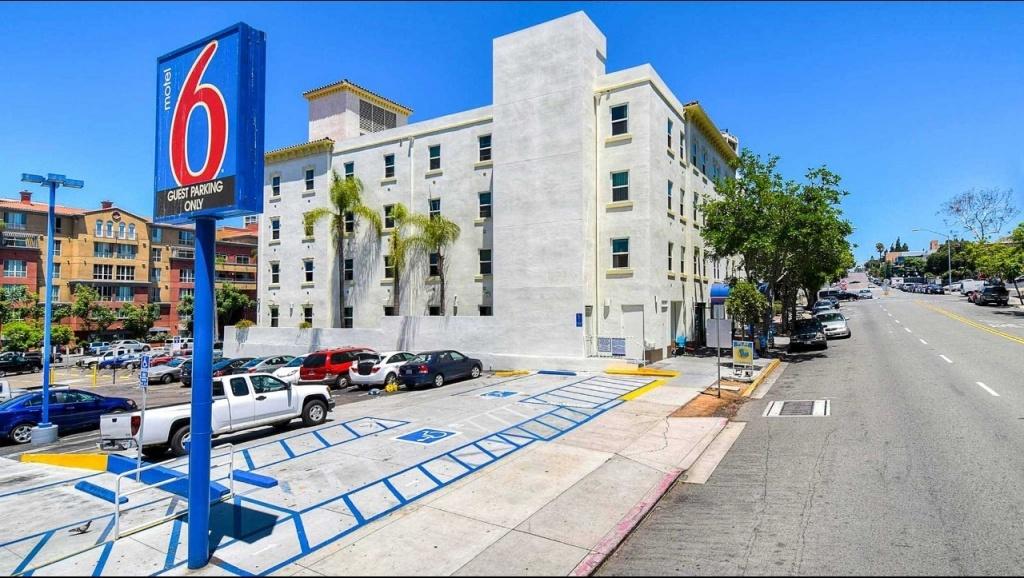Motel 6 San Diego Downtown Hotel In San Diego Ca ($83+)   Motel6 - Motel 6 Locations California Map
