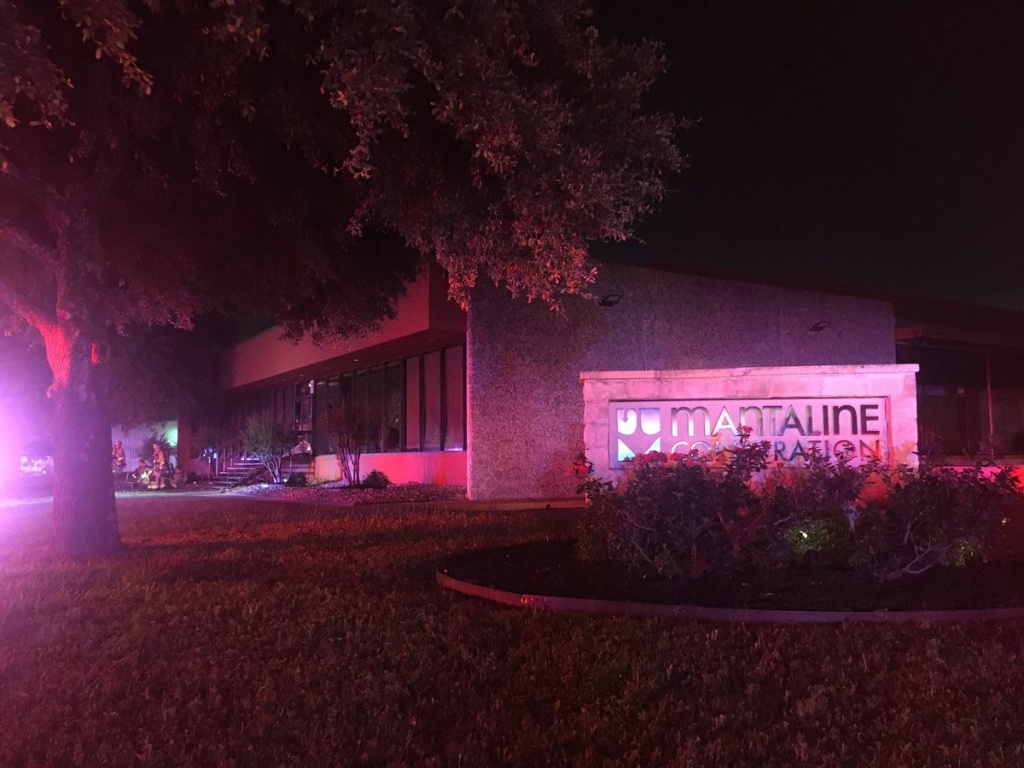 San Antonio Fire Is Responding To A Structure Fire At Dividend Drive - Texas Fire Map